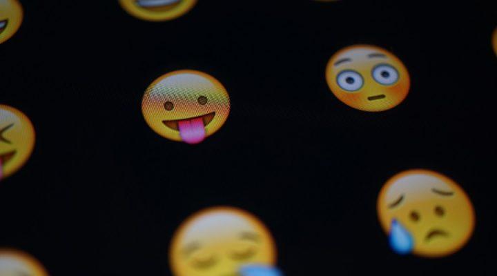 La influencia de los emojis en la comunicación
