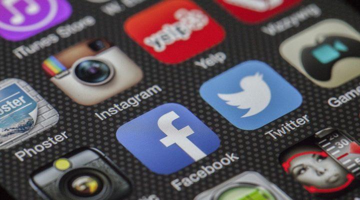 La comunicación política online: ventajas del uso de Facebook y Twitter