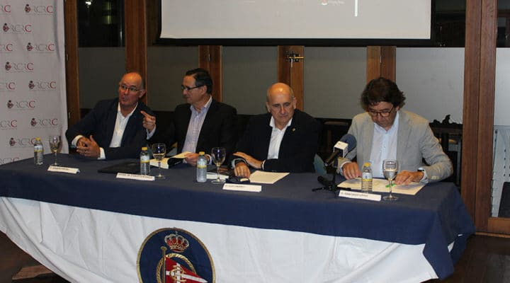 """El profesor Serafín Piñeiro presenta su libro """"Las lágrimas del poder"""""""