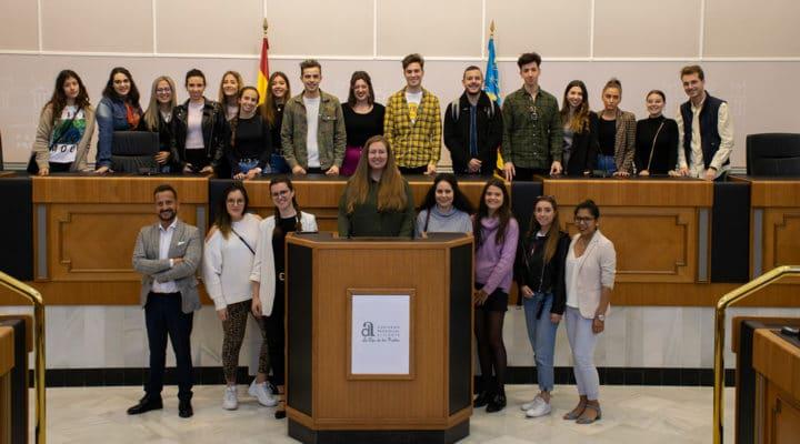 Alumnos IMEP visitan el Departamento de Protocolo de la Diputación Provincial de Alicante
