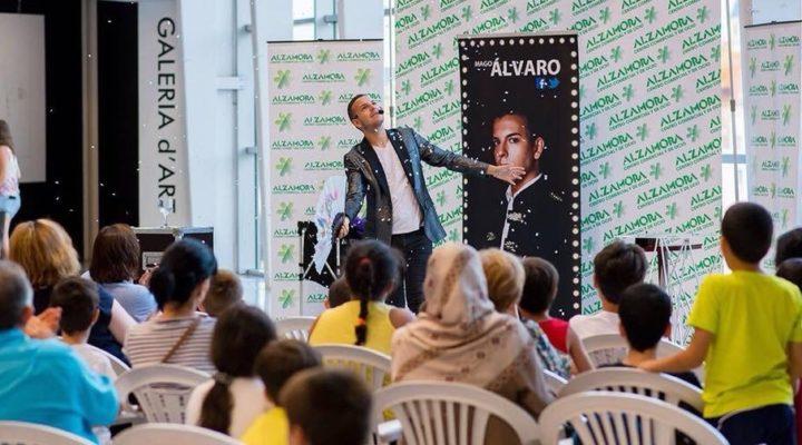 EXPERIENCIAS | Álvaro Tormos, alumno del Grado en Organización de Eventos, Protocolo y RRII y mago