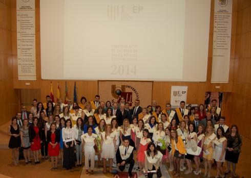 IMEP celebró el Acto de Entrega de Becas, Títulos y Distinciones